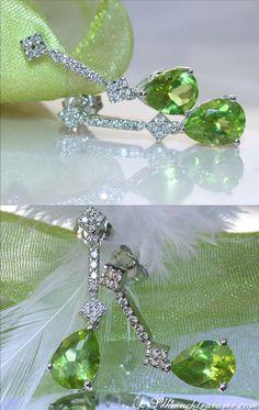 Cute Peridot Earrings with Diamonds | 2.63 ct. | Whitegold 14k - schmucktraeume.com
