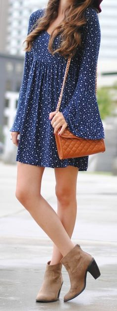 The Lucy Love Emily Navy Blue Floral Print Dress is the perfect Saturday morning dress! This ditsy print dress has long bell sleeves and a babydoll bodice. Day Dresses, Casual Dresses, Short Dresses, Dress Long, Mini Dresses, Casual Outfits, Pretty Outfits, Pretty Dresses, Cute Outfits
