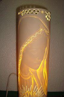 Imagen relacionada Dremel, Pipe Lighting, Pvc Projects, Prayer Room, Religious Art, Light Art, Bottle Crafts, Lampshades, Lava Lamp