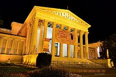 Museum of Fine Arts, Budapest, Hungary by Night Buda Castle, Museum Collection, Museum Of Fine Arts, Family Gifts, Ways To Save, Travel Tips, Pergola, Outdoor Structures, Education