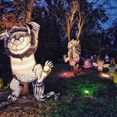 #wildthingsare #nighteyes #halloween #blankparkzoo