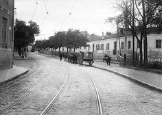 Calle de Eugenia de Montijo en Carabanchel Alto entre la plaza del Parterre y la de la Emperatriz