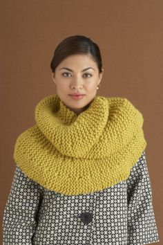 Free Knitting Pattern: Short Row Scarf