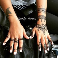 . . #girly#mydesigns#whitehenna#blackhenna#lovelyhenna@hudabeauty#girlyhenna@voguethreads#fashionedvine#girly_henna#fashion#love@wakeupandmakeup@makegirlz#nails#makeup#hudabeauty#beauty#Uae#dubai