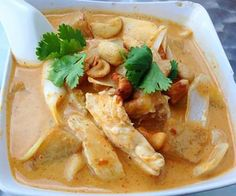 A fragrant mild Thai curry with coconut milk, onions, potatoes and peanuts or cashews For non-meat eaters - vegetables, tofu or plant protein can be substituted in most recipes. Adjust cooking times a (Chicken Cacciatore For A Crowd) Thai Recipes, Seafood Recipes, Asian Recipes, Gourmet Recipes, Mexican Food Recipes, Beef Recipes, Chicken Recipes, Healthy Recipes, Soup Recipes