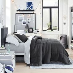 New arrivals from @potterybarndorm are here! Pottery Barn Bedrooms, Pottery Barn Teen, Dorm Essentials, Teen Bedroom, Bedroom Ideas, College Dorm Rooms, Dorm Decorations, Room Inspiration, Comforters