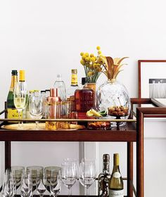 """Visit our internet site for even more details on """"bar cart decor"""". It is actuall… Visit our internet site for even more details on """"bar cart decor"""". It is actually a superb spot to learn more. Bar Layout, Dinner Party Table, Dinner Parties, Garden Parties, Outside Bars, Outdoor Kitchen Bars, Gold Bar Cart, Bar Cart Decor, Party Table Decorations"""