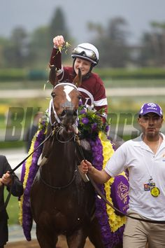 Rosie Napravnik celebrating winning the Breeders' Cup Distaff (G. I) atop Untapable. Derby Horse, Horse Profile, Bull Riders, Photo Store, Horse Photos, Thoroughbred, Horse Racing, Riding Helmets, Horses