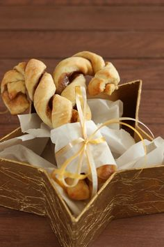 Cinnamon Sugar Candy Cane Twists