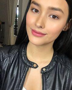 40 Trendy Nature Makeup Looks Filipina Filipina Actress, Filipina Beauty, Filipina Makeup, Lisa Soberano, Selena Gomez Photoshoot, Prity Girl, Brunette Makeup, Bridal Makeup, Pretty Face