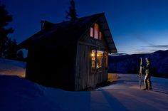 Hut Hikes To Explore This Winter | Rendezvous Huts in Methow Valley, Washington