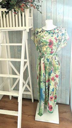 Ilga gėlėta šilko suknelė vasarai <3  #silkosuknele #silkorubai #silkodovana Fire
