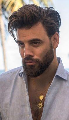 5 Cool Medium Beard Trends for Men to try in 2020 5 Cool Medium Beard Looks for 2020 Medium Beard Styles, Beard Styles For Men, Hair And Beard Styles, Long Hair Styles, Cool Hairstyles For Men, Haircuts For Men, Men's Hairstyles, Black Hairstyles, Medium Hairstyles For Men