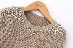 Pearl beading sweater - Perfect for Work!Sweater with pearls and silver beads.Remaking Pullover (große Sammlung) / Sweat … - Beauty Tips & Tricks An old sweater and A lot og Bears Ways to Refashion and Restyle your Old Clothes - DIY Fashion Fashion Details, Diy Fashion, Womens Fashion, Diy Kleidung, Diy Vetement, Diy Mode, Old Clothes, Loose Sweater, Diy Clothing