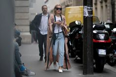 Best of Paris Couture Week Street Style Street Style Outfits, Look Street Style, Street Style Trends, Mode Outfits, Street Chic, Street Wear, Look Boho, Look Chic, Look Fashion