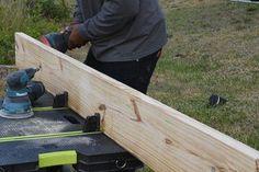 DIY Platform Bed With Floating Night Stands: 7 Steps (with Pictures) Pallet Bed Frames, Wooden Pallet Furniture, Wooden Pallets, Bed Frame Plans, Diy Bed Frame, Design Studio Office, Recording Studio Design, Bed Frame Design, Amigurumi