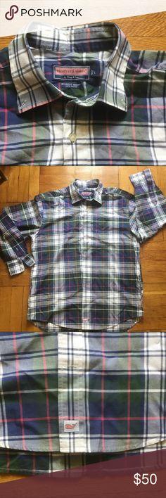 Vineyard Vine shirt button supreme guess asap Great condition shirt. 9.5/10 cond Vineyard Vines Shirts Dress Shirts