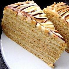 medovnik needs a translator :( Layered Desserts, Sweet Desserts, Sweet Recipes, Cake Recipes, Dessert Recipes, Slovak Recipes, Austrian Recipes, Czech Recipes, Czech Desserts