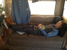 Mads Mikkelsen..in plaid and Nikes. #HANNIBAL AND HIS SNEAKERS #UnleashTheFannibals #dEARwill pic.twitter.com/zE1a6f7XO7