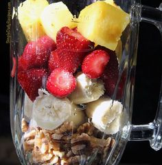 simple strawberry smoothie recipe  1 cup of bluberries  1 cup of strawberries  2 kale leaves  handful of walnuts  1/2 cup of ice cubes  2 tbs of flex seeds