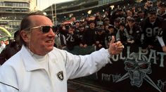 Al Davis, Renegade Raider Who Remade Pro Football, Dies at 82 ...