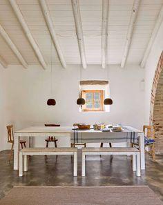 Veja este anúncio incrível na Airbnb: Casas Caiadas | boutique home . hotel…