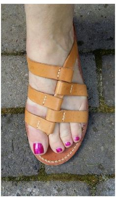 Womens Fashion Sneakers, Fashion Sandals, Diy Leather Sandals, Aesthetic Shoes, Beaded Sandals, Me Too Shoes, Shoe Boots, Ralph Lauren, Slip On
