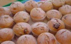 Hrníčkové muffiny s kokosem a kandovaným ovocem » Pečení je radost