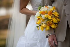 yellow and white bridal bouquet, southern wedding, Shannon Kelley Photography