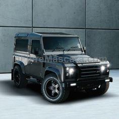Land Rover Defender //
