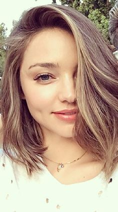 So Miranda Kerr's hair does *not* look like this anymore...