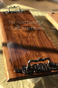 Charcuterie/Grazing/Cheese/Antipasti Boards by GeppettaBoards Antipasti Board, Charcuterie Board, Diy Craft Projects, Wood Projects, Diy Xmas Gifts, Company Dinner, Wood Creations, Wooden Art, Wood Crafts