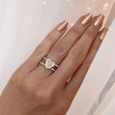 For you heart loving romantics, this is a sweetheart solitaire at it's finest, stacked with these gorgeous wedding bands either side, all set in Rose Gold - with nails to match 😉 Traditional Engagement Rings, Best Engagement Rings, Heart Shaped Diamond Ring, Solitaire Setting, 18k Rose Gold, Heart Shapes, Wedding Bands, Bling, Nails