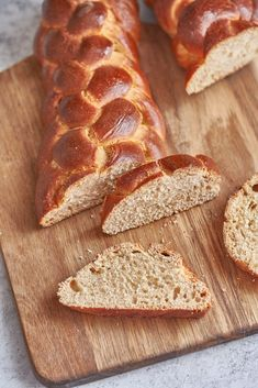 Kovászos, mézes kalács recept   Street Kitchen Ciabatta, Bagel, Muffin, Bread, Food, Pizza, Brot, Essen, Muffins