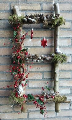 Very nice Christmas decorations that you will love in less than a .- Sehr schöne Weihnachtsdekorationen, die du in weniger als einer Stunde selbst a… Very nice Christmas decorations that you can make in less than an hour – DIY crafting ideas – - Noel Christmas, Rustic Christmas, Winter Christmas, Christmas Wreaths, Christmas Ornaments, Pine Cone Crafts, Christmas Projects, Holiday Crafts, Holiday Decor