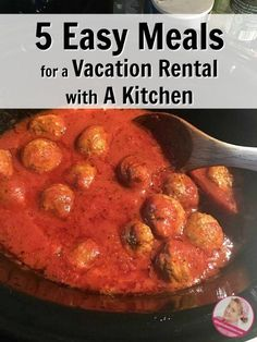 If you are staying in a vacation rental with a kitchen this holiday season here you will find 5 easy meals to make in your home away from home. Beach Vacation Meals, Vacation Meal Planning, Vacation Rentals, Vacation Food, Menu Planning, Home Meals, Recipe Please, Homemade Soup, Freezer Cooking