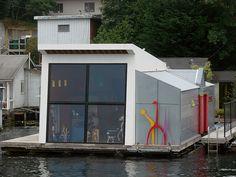 houseboat modern
