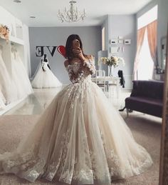 Delicate Lace Tulle Wedding Dress Ball Gown Floral Appliques Long Sleeve Princess Bridal Gowns Luxury White Wedding Dresses Lace A Line Straps Wedding Dresses With Train . Luxury White Wedding Dresses Lace A Line Straps Wedding Dresses With Tr. Wedding Dress Backs, Long Wedding Dresses, Tulle Wedding, Bridal Dresses, Casual Wedding, Boho Wedding, Wedding Shoes, Floral Wedding, Summer Wedding