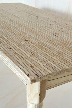 Table by Nienke Janssen - wood grain