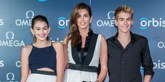 Cindy Crawford And Kids Perfectly Match On The Red Carpet