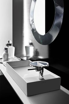 Kartell by Laufenponen en marcha un proyecto de cuarto de baño integrado y completo… Zenth lo trae para ti Un proyecto de codiseño nutrido por el intenso diálogo entre clientes muy bien ilu…