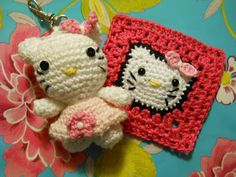 hello kitty square