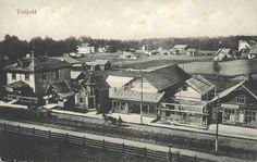 Terijoen huvilayhdyskunta oli 1870-luvulta lähtien Karjalan kannaksen Terijoelle syntynyt huvilayhdyskunta, jonka asukkaat olivat aluksi lähinnä varakkaita pietarilaisia. Se sijaitsi Suomenlahden rannalla noin 15 kilometriä pitkällä ja 3–5 kilometriä leveällä alueella, alun perin Kivennavan pitäjään kuuluneissa Terijoen, Kuokkalan ja Raivolan kylissä.[1] Paikalle saapui vuosittain kymmeniä tuhansia venäläisiä kesänviettäjiä, joita varten oli rakennettu tuhansia huviloita sekä lukuisia…