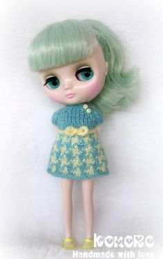 Blythe Middie Hand Knitted Dress Jacquard Pattern by kokorogumis