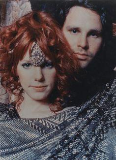 Jim Morrison & Pamela Courson.