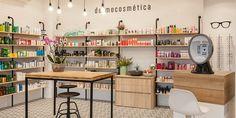 Salon Design, Shop Interior Design, Shop Display Stands, Beauty Salon Interior, Cosmetic Shop, Retail Store Design, Coffee Design, Shelf Design, Shop Interiors