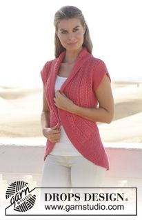 "Knitted DROPS vest in garter st worked in a circle with lace pattern in ""Paris"". Size: S - XXXL. ~ DROPS Design"