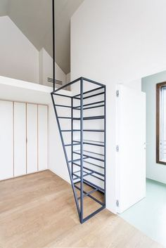 Fragments of architecture: Villa di Pianura / deamicisarchitetti Loft Stairs, House Stairs, Architecture Renovation, Stair Handrail, Railings, Modern Stairs, Stair Decor, Staircase Design, Staircase Ideas