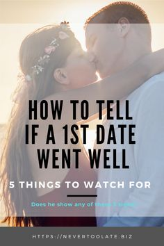 First Date Signs He Likes you: Looking for signs he likes you after the first date? Here are five things to watch for to know if you can expect to see him again. Dating Tips For Women, Dating Advice, Relationship Blogs, Relationships, Dating A Divorced Man, Single Women, Single Ladies, Dating After 40, Understanding Men