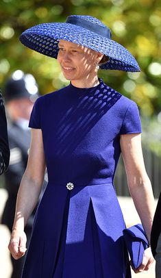 Lady Sarah Chatto arriving for the wedding of Prince Harry and Meghan Markle on May Lady Sarah is the daughter of the late Princess Margaret, sister of Queen Elizabeth II. Lady Sarah Chatto, Harry And Meghan Wedding, Prince Harry And Meghan, Pincesse Margaret, Louis Spencer, Lady Sarah Armstrong Jones, David Armstrong, Princesa Real, Elisabeth Ii